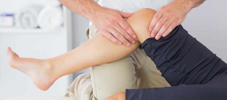 How can early intervention through onsite physio reduce workplace injuries?